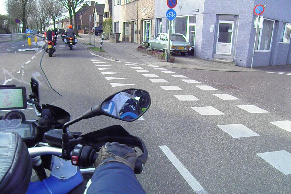 Motorrijbewijspoint Groningen theorie cursus online